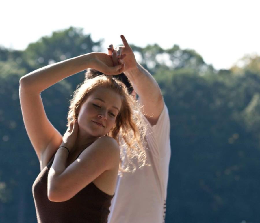 Laura-Riva-Dancing-Grapevine